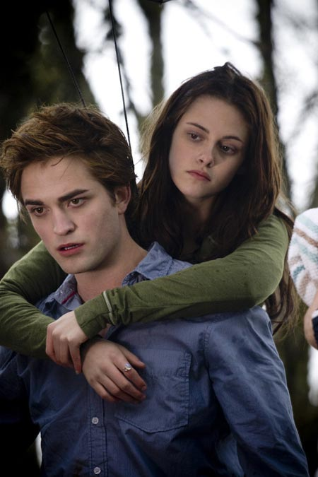 Update TWILIGHT Movie Sequel
